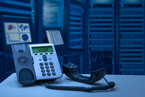 SOFTPHONE AND HARDPHONE